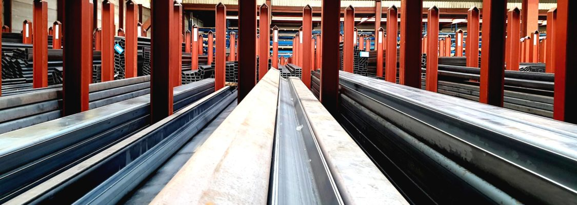 Voorraad staal in Bergen op zoom, Brabant